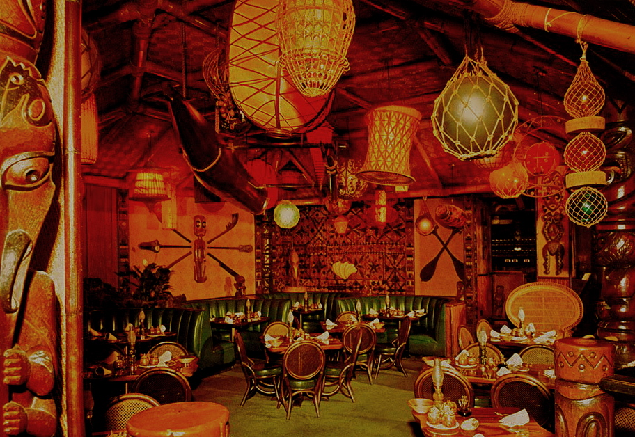 The Luau, Beverly Hills, Tiki bar, Tiki restaurant, tiki decor